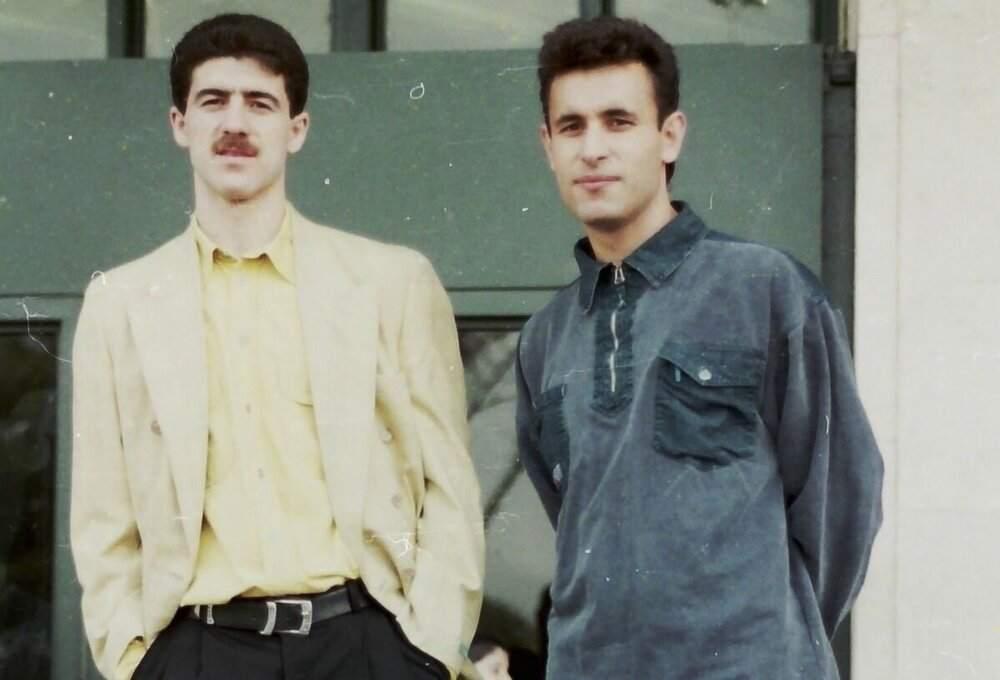 یحیی گلمحمدی در کنار کریم باقری